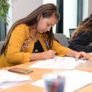 Always și Teach for Romania susțin elevele de gimnaziu să viseze, să experimenteze și să își urmeze visul!