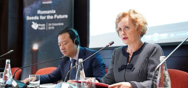 Huawei Technologies susține pentru al cincilea an educația studenților români
