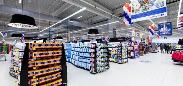 Carrefour România inaugurează primul hipermarket din Roman