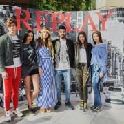Replay propune efectul Silver Lake. Cum arată colecția lansată în București?