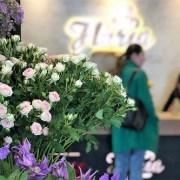 Sondaj: 20% dintre românce primesc flori (aproape) în fiecare lună