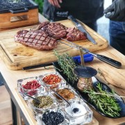 dabeef, locul unde poți testa steak-uri de calitate în București