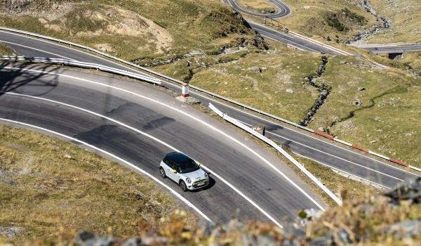 Surpriză electrică la TRANSYLVANIA CLASSIC Sibiu – BMW Group România va anunţa un proiect special de motorsport