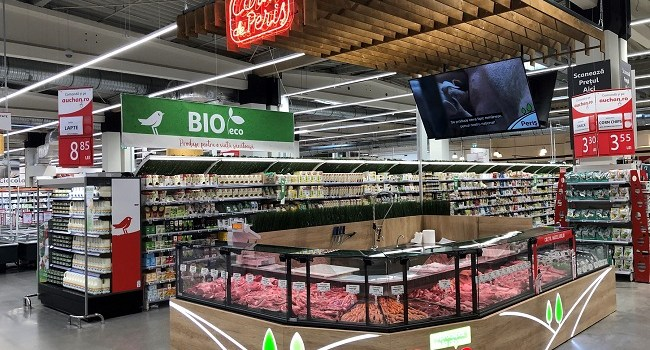 Auchan inaugureaza primul corner de macelarie Peris in hipermarketul Titan