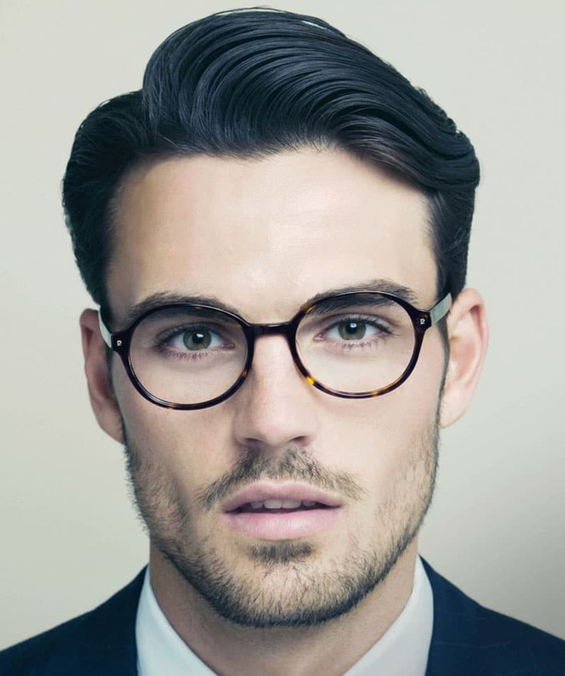 How To Create The Modern Men's Side Part Hairstyle