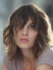 attractive short wavy hairstyles