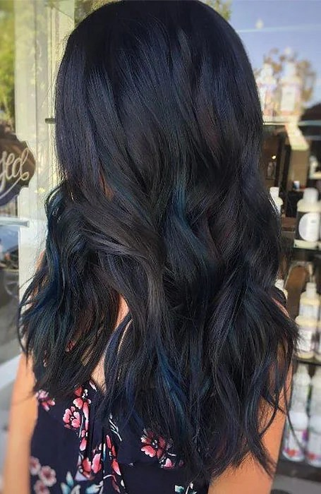 25 Sexy Black Hair With Highlights To Try In 2020 The Trend Spotter