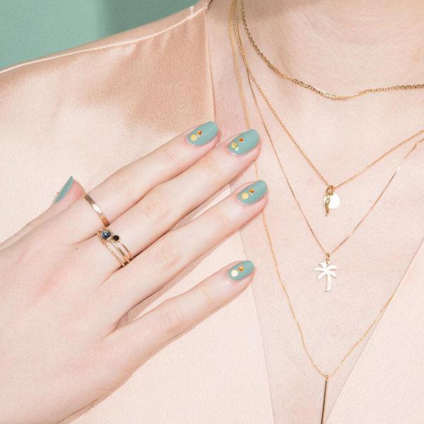 Elegant Aqua Nails