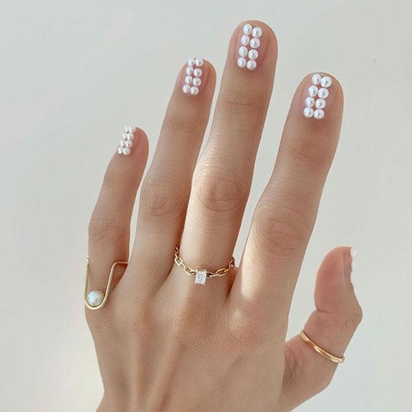 Elegant Pearl Nails