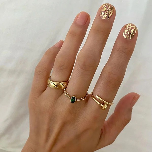 Gold Feature Nails Art