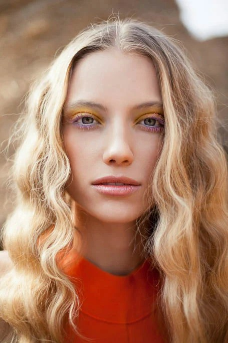 Curly Blonde Hair With Strawberry Blonde Highlights