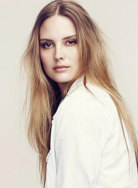 Long Strawberry Blonde Straight Hair