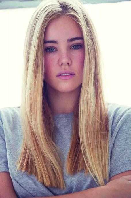 Natural Looking Straight Strawberry Blonde Hair