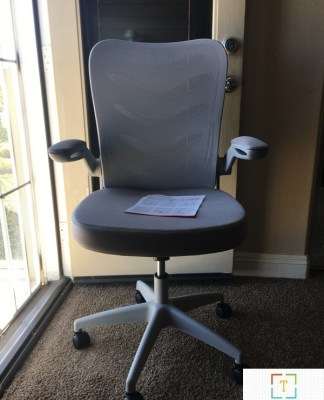 Comhoma ch-106 office chair .