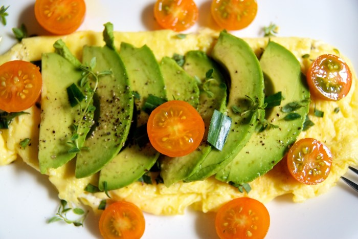 goat cheese omelete