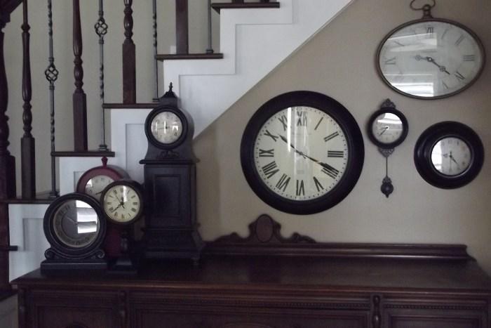 wall Clocks The Trent