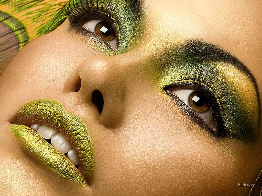 https://i0.wp.com/www.thetrentonline.com/wp-content/uploads/2014/02/makeup-the-trent.jpg?fit=1024%2C768&ssl=1