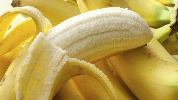 bananasmain_wide-430ab70b4e81e4977d2f2a1d107063a891bf3b69-s40-c85