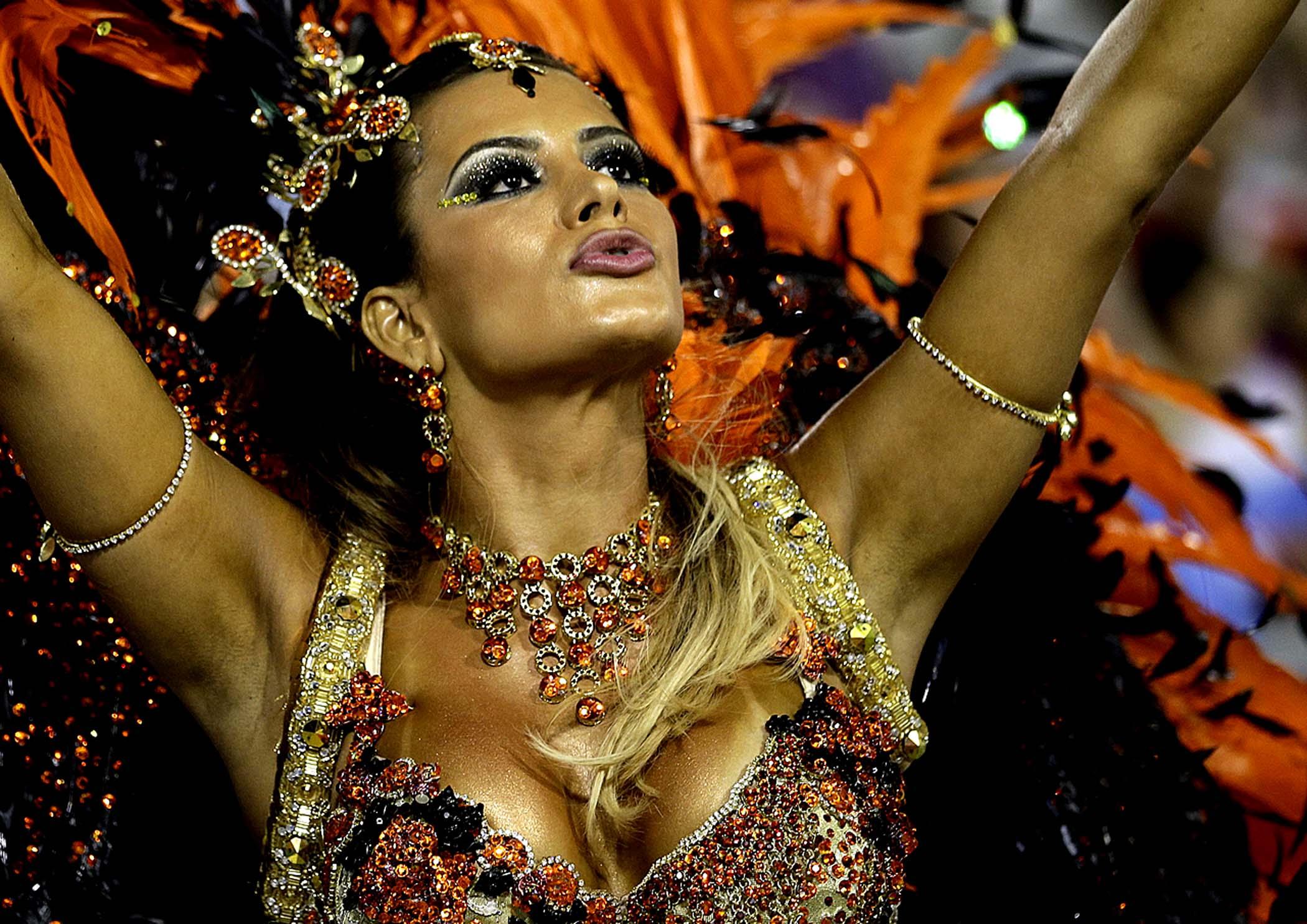 dancers Brazilian nude carnival