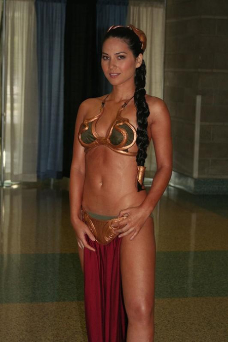 a98166_Olivia_Munn_as_Slave_Leia_450