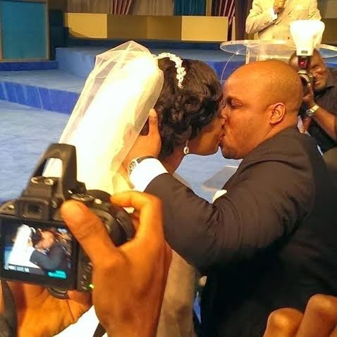Ouchhhh... Kiss (Photo: Linda Ikeji)