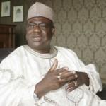Babagida Aliyu, Niger, Looters, Treasury