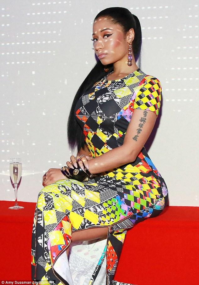 Nicki Minaj Looking Super Gorgeous In Colourful Printed