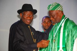 Pa Akinkumni receives National Award from President Goodluck Jonathan on September 29, 2014
