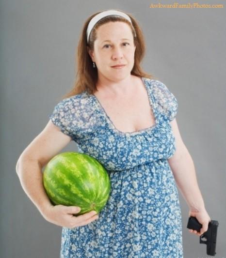awkward-pregnancy-photos7