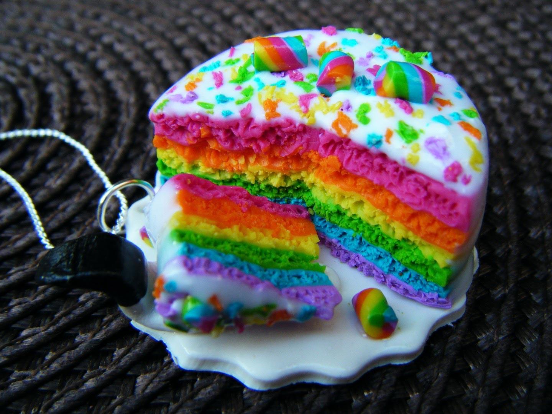 collier-collier-rainbow-cake-en-fimo-fait-2495859-dscf0857-bd304_big