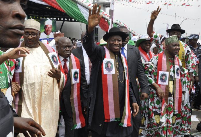 PDP National Chairman Alhaji Adamu Muazu, President Goodluck Jonathan And Vice President Namadi Sambo During The President Goodluck Jonathan's Declaration For The 2015 Presidential Election In Abuja On Tuesday, January 6, 2015 (Photo Credit: NigeriaMuse)