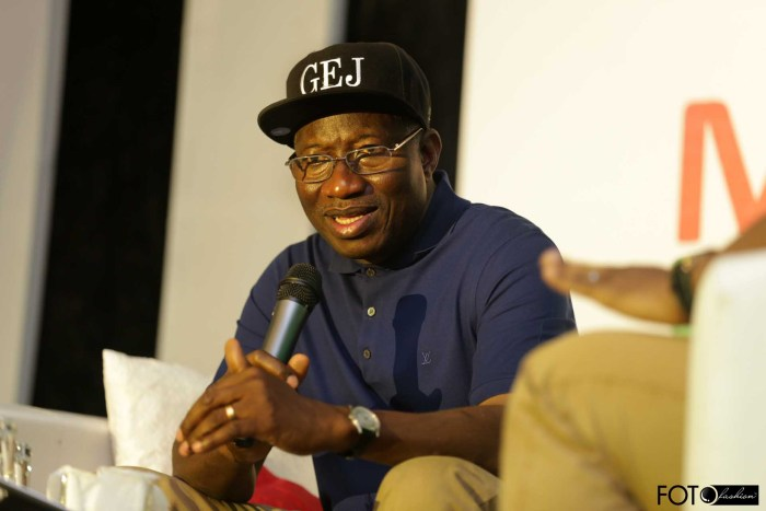 President Jonathan addresses a group of top business professionals in Eko Hotel, Lagos on March 1, 2015 (Photo Credit: Foto Fashion/PVC)