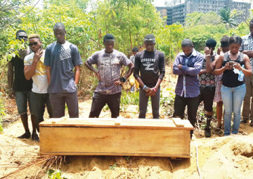 The scene of the burial at Ikoyi Cemetery Lagos where 15-year-old Sarah Ibikunle who was hit by a stray bullet during a shoot out between police and armed robbers was buried on Monday, March 23, 2015.