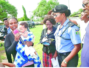 Pastor John of Akwa Ibom State and his wife, Deborah have been arrested by the state police operatives for kidnapping a baby. (Photo Credit: Sun)