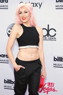 Bonnie McKee arrives at the Billboard Music Awards at the MGM Grand Garden Arena on Sunday, May 17, 2015, in Las Vegas. (Photo by Eric Jamison/Invision/AP)