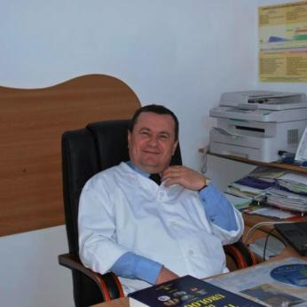 Dr. Lurie Ciochina performed the successful kidney surgery at County Hospital in eastern Romania. (Europics)