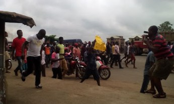 Traders in Anambra state under the umbrella of the Amalgamated Market Traders Association of Anambra, AMATAS, on Saturday, June 27, 2015 staged a protest across the state over alleged plans by the federal government to transfer some Boko Haram prisoners to the state. (Photo Credit: The Trent)