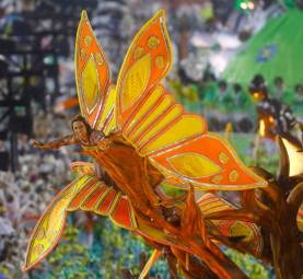 A reveller from the Viradouro samba school participates in the annual carnival parade in Rio de Janeiro's Sambadrome, February 15, 2015. REUTERS/Ricardo Moraes (BRAZIL - Tags: SOCIETY)