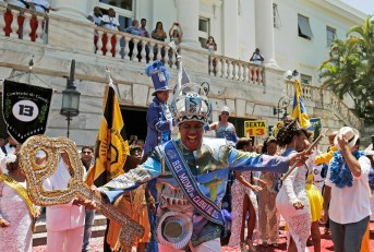 The Rei Momo, or Carnival King Wilson Neto dances during the handing over of the ceremonial key to the city, at Cidade Palace in Rio de Janeiro February 13, 2015. The event officially kicks off the 2015 carnival week in Rio. (Photo Credit: REUTERS/Sergio Moraes)