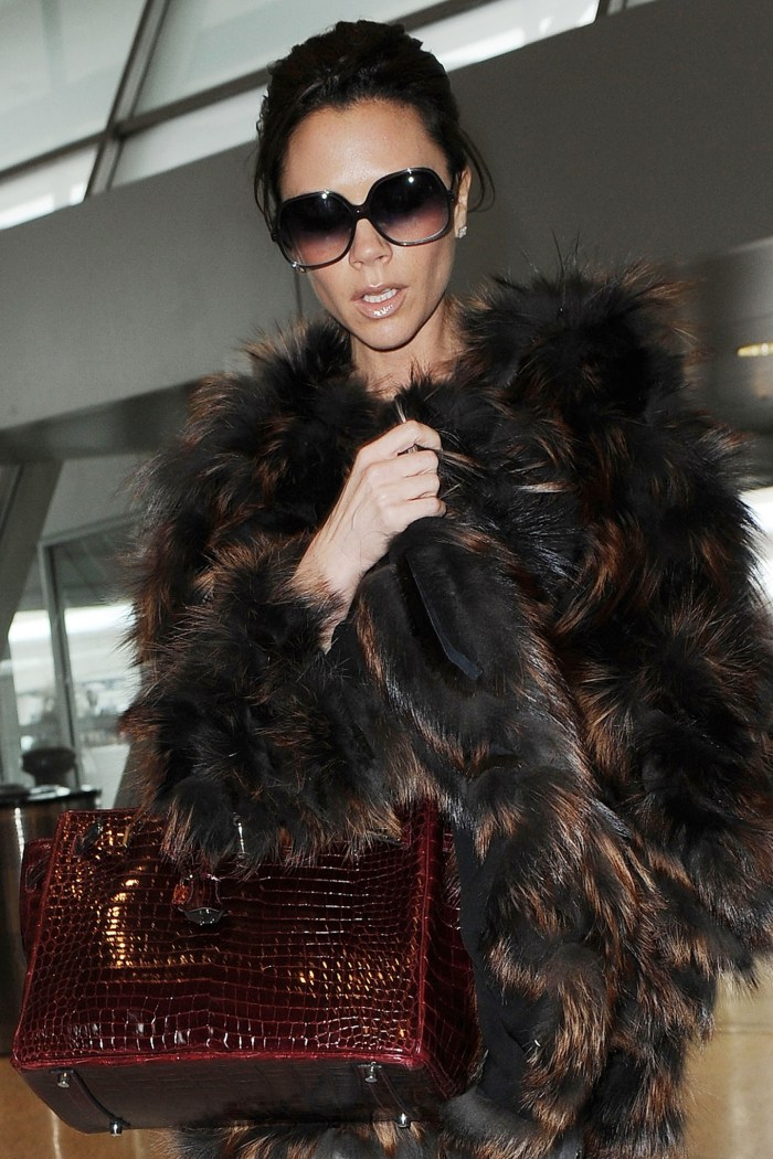 Mandatory Credit: Photo by Startraks Photo/REX Shutterstock (1117989g) Victoria Beckham Victoria Beckham out and about in New York, America - 17 Feb 2010 Victoria Beckham Returns to her Hotell After Visiting 'The View' TV Programme