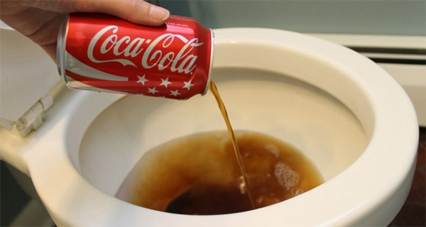 coke can be used to clean a toilet