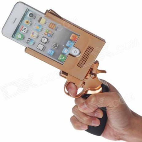 Police officials and anti-gun advocates are calling for a ban on the trending Gun-shaped iPhone covers that look like real gun. (Photo Credit: Incrediblethings.com)