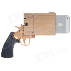 Police officials and anti-gun advocates are calling for a ban on the trending Gun-shaped iPhone covers that look like real gun. (Photo Credit: Gekologie.com)
