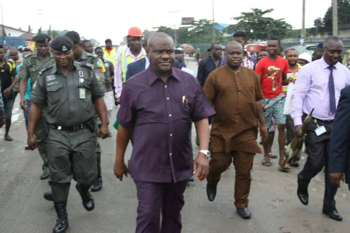 Governor Nyesom Wike inspecting road projects in Port Harcourt, August 10, 2015 (Photo Credit: Oraye St. Franklin/Facebook)
