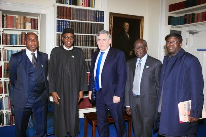L-R: Amaechi, President Buhari, Gordon Brown, Bola Tinubu and Kayode Fayemi during a visit to former British Prime Minister Brown