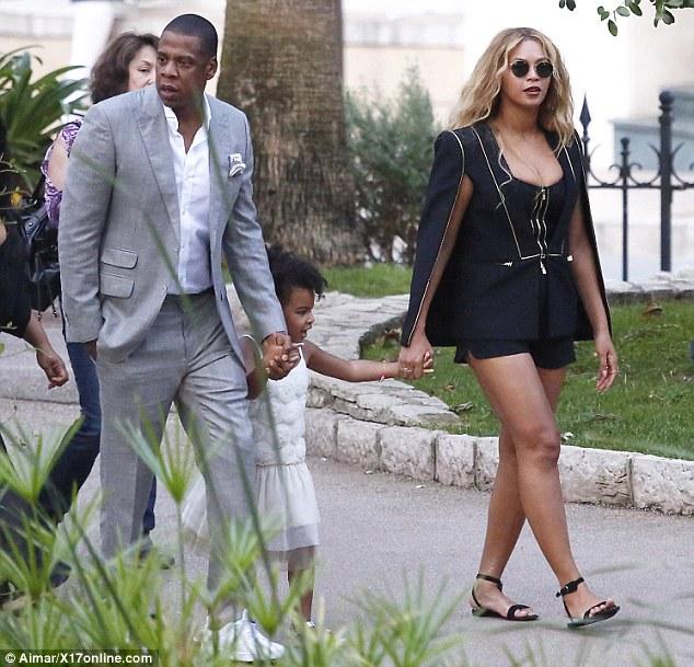 Beyonce-JayZ-Blue-8