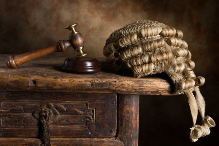 Court, Magistrate, Sentence, Bribe