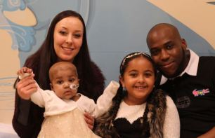 Layla Richards with parents Lisa Foley and Ashleigh Richards and sister Reya, aged 8 | Great Ormond Street Hospital /PA Wire