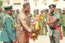 Ondo State Deputy Governor, Alhaji Lasisi Oluboyo laying wreaths