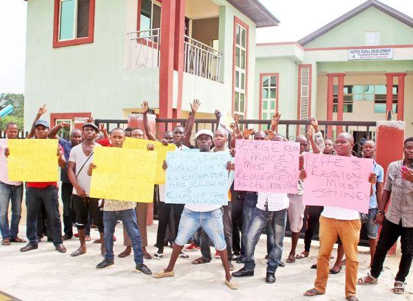FILE: Photo shows protesting youths of Chevron's host communities at Koluama, Southern Ijaw LGA of Bayelsa State | News Express